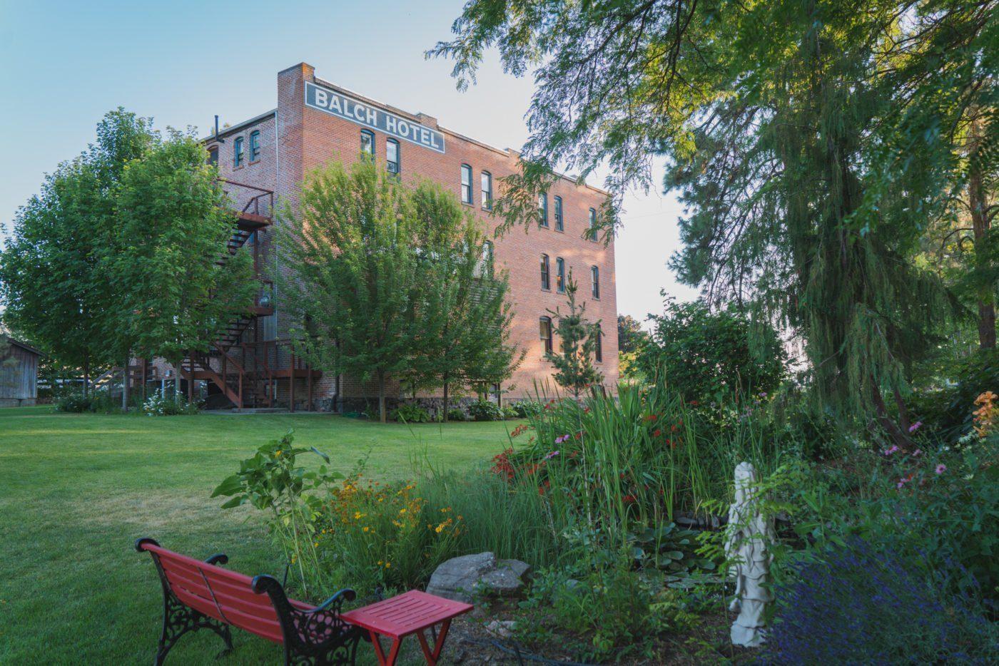 the lovely garden of Balch Hotel